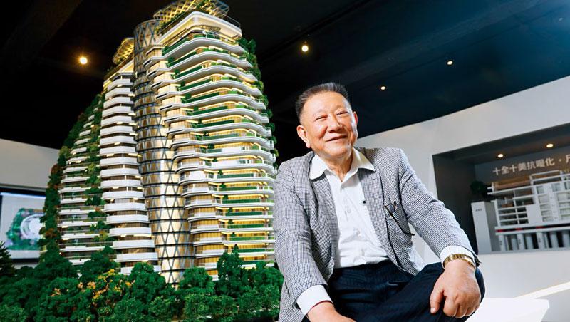 市場傳言超豪宅陶朱隱園一坪售價上看400萬,沈慶京說,以抗暖化功能及高達一千年的壽命,它「一點也不貴」。
