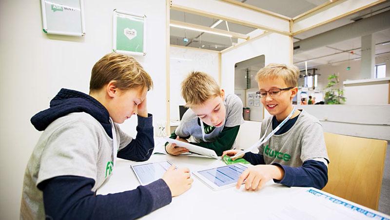 用角色扮演學經濟,芬蘭學生12歲開始「上班」、16歲開始「創業」,從小學用循環經濟淘金。