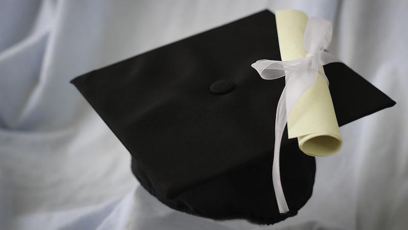 為了唸MBA抵押房子、四處貸款...6種方式找到學費補助,讓這項人生投資更划算!