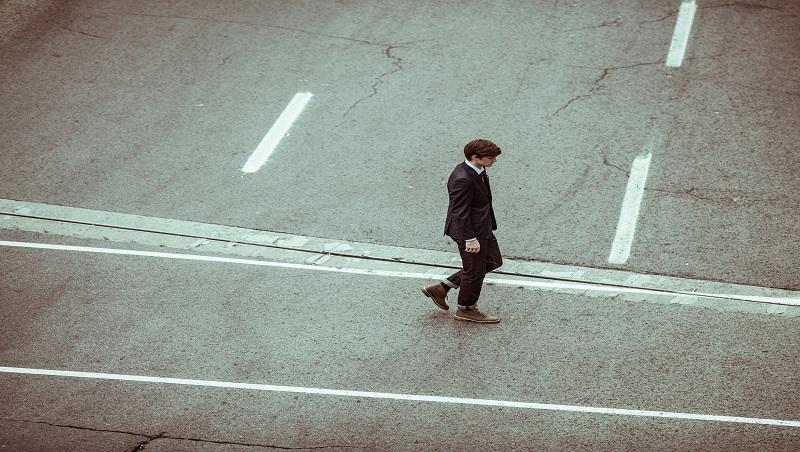 加薪、升職、請外調,卻在最後一步發現罹癌...一個職場強人啟示:工作最重要的是如何「看待自己」