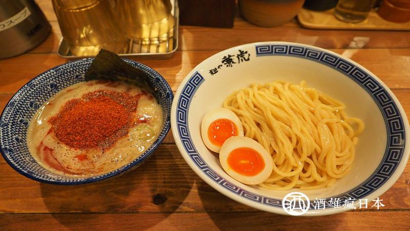 湯頭辣得像清酒、麵條飄著小麥味...旅日達人眼裡「九州第一沾麵」是這間!內行人必懂的沾麵5吃法
