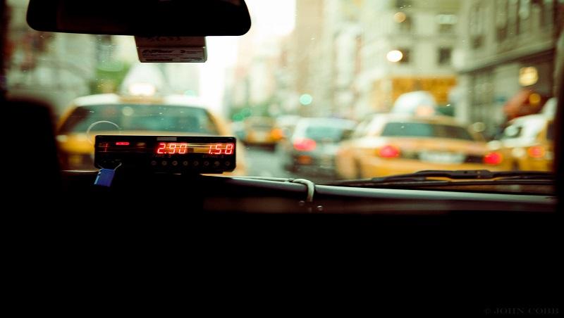 「開賓士載客,是因為司機坐起來比較舒服」一台荷蘭計程車,打破台灣人的服務至上思維