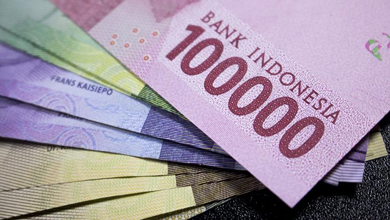 亞運風光落幕後,印尼盾卻貶至20年來的新低點,投資人該怎麼看下半年匯市?現在會是衝峇里島的好時機嗎?