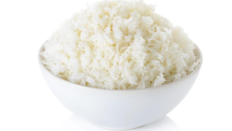 煮出日本級美味白飯》把白飯放進電鍋前花10秒做「這件事」,讓你輕鬆煮出香Q白米飯