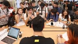 小米推新機,想靠「手遊族」挑戰蘋果、三星!台灣總經理:打電玩幹嘛花那麼貴的價格