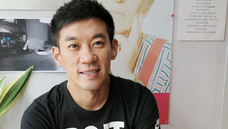 五月天MV導演、大學教書...奧美執行創意總監龔大中:「斜槓」若是為了賺錢而做,能力不可能累積