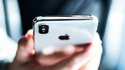 iOS 12爆新災情!螢幕被毀了 這款iPhone升級要小心