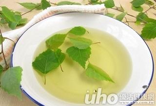 秋冬防乾大作戰 洗澡後喝三茶飲皮膚水噹噹