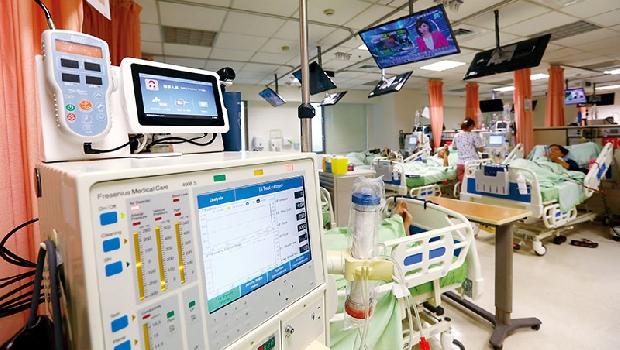 洗腎機導入AI做即時監控為例,減輕醫護員負擔