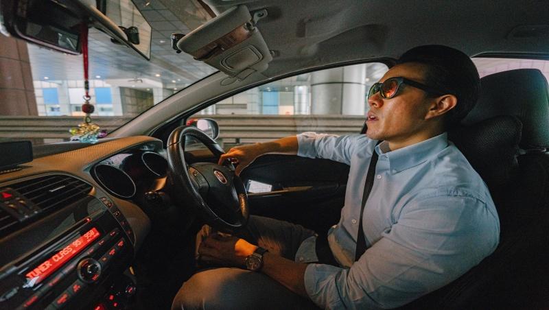 放棄月賺十幾萬生意跑去載客...外商經理人從一個Uber司機發現台灣旅遊業的優勢