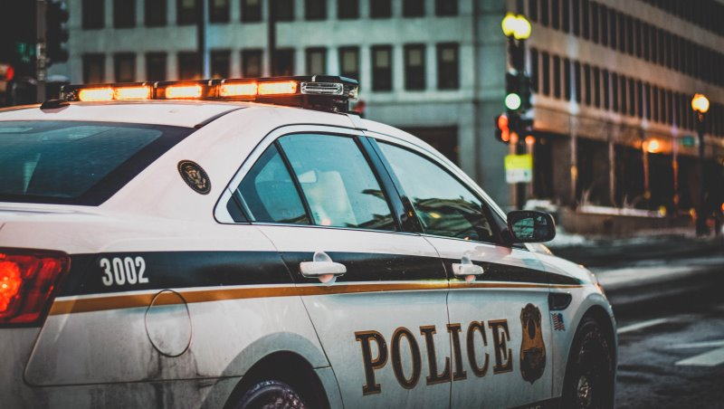 被退學高中生,回學校殺害16人...西點軍校心理學教授:青少年校園殺人事件頻傳,跟這件事脫不了關係