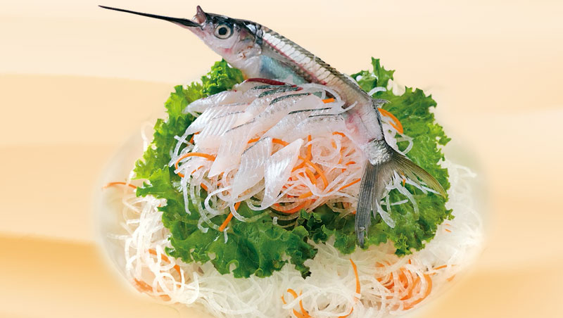 秋冬時節,來到澎湖若沒吃到水針魚,如同入寶山空手而回。
