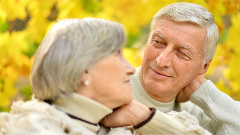 退休後,比老伴更重要的朋友是「自己」!前外商老總給台灣退休族的6個中肯建議