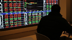 資本市場裡,只有有錢人才能耍任性!散戶被套牢,最忌諱一種心態
