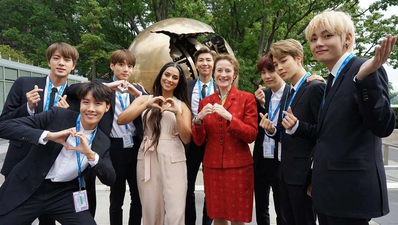 「防彈少年團」聯合國全英文演說教我們的事:一場好演講的架構跟5個常見英文用法