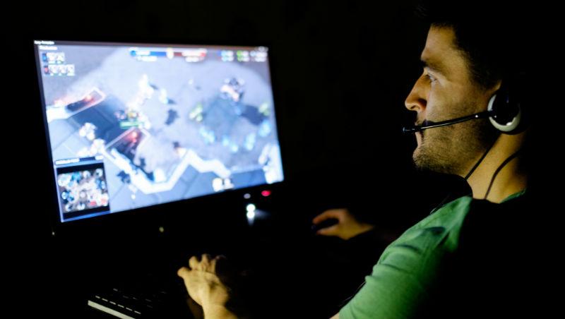 與其找人才銷售網路遊戲,不如讓員工每天玩遊戲!2個故事教你:管理者最重要的能力