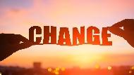 """換手機說""""change a new phone""""是錯的!一次看懂3種「轉變」的英文用法"""