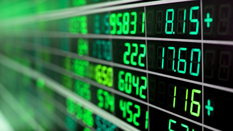 台股萬點低迷震盪,全球股市多頭尾聲來臨,還能進場投資嗎?股市大咖:這幾家公司沒反漲,別輕易入市