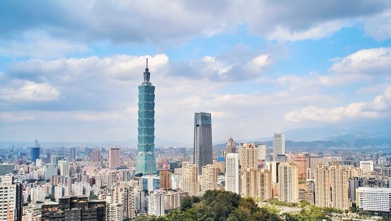 外國企業不願投資台灣,怎麼辦?看國發會副主委開給台灣產業升級的處方籤
