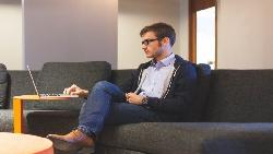 中小企業不靠「人才」怎麼賺錢?日本經營顧問:「好人才」根本不存在,利用現有員工也能獲利