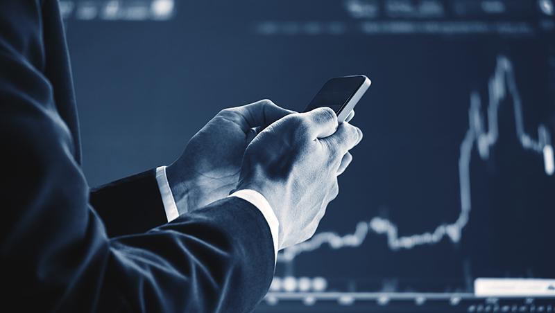 萬點行情不再,投資人該何去何從?期貨公司總經理:用這招,股市漲跌都能賺