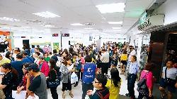 為何台灣人這麼愛排隊?從Costco、月餅排到週年慶...網路聲量調查揭開背後的10大原因