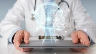 高齡社會、長照問題怎麼解決?從健保超越歐美的2大特點,看台灣發展醫療AI的優勢