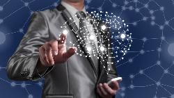 AI時代不能只加強資訊能力!看科技業主管的趨勢觀察:未來想存活下來,一定要有的3種能力