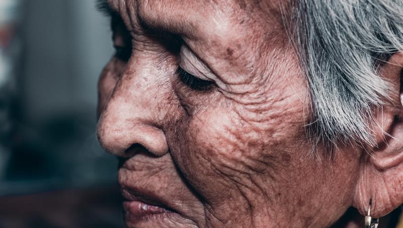 7成老人嘆選錯職業、5成後悔不顧健康...為何老是悔不當初?不想退休不幸,你現在可以做的事