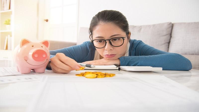 「怕錢不夠用」是一種病?成為超業,她坐領高薪卻滿身病...心理諮商師:先別擔心沒發生的事