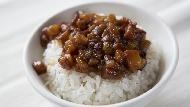 半熟荷包蛋,配香噴噴滷汁...網路聲量調查:5間隱藏在台北巷弄的神級滷肉飯