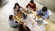 激勵銷售團隊不能只靠做操、喊口號...想把他們變超級業務員,第一步要先懂得怎麼分錢