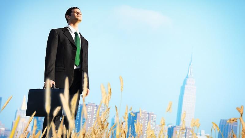 白手起家打造年營收超過30億公司!全球影響力前十大執行長:4個錯誤決定,會讓人生走向失敗