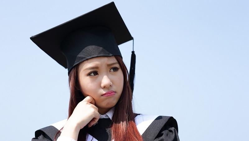 從大學被退學,到賺進10億營收…電視購物天王給年輕人的忠告:拒絕高學歷低薪人生,你得這樣做 - 商業周刊