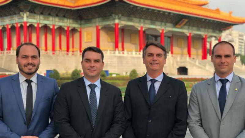 2月親訪台灣、讓中國跳腳的他,如何從「政治局外人」翻身成為巴西下任總統?