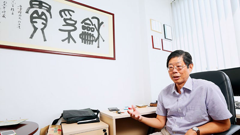 范博宏指出,近5年來許多華人家族企業開始建立股權機制,如明文訂出股份的流動轉讓方法等,以避免內訌。