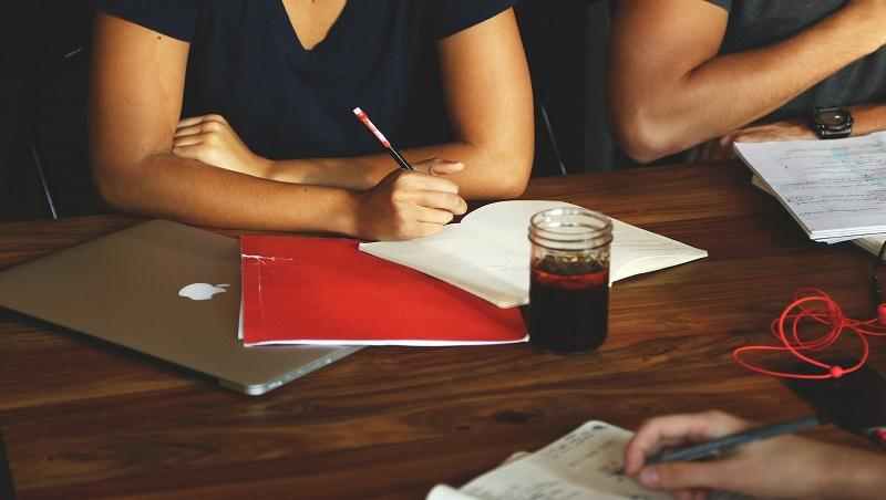 「能寫好會議記錄的人,絕對靠譜」跨國集團總監親身經驗:一個動作看出你有沒有主導能力