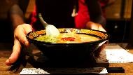 誰說一個人不能吃麻辣鍋、燒烤?網友推薦:10間適合獨食的美味餐廳