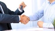 業務生涯,從被罵三字經開始!全台最會賣車的超業:不交際應酬,也能養出超強人脈