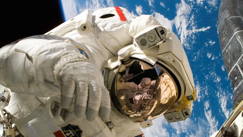 被NASA拒絕3次才當上太空人,一個越戰越勇的故事告訴你:就算門只剩條縫,都不要停止嘗試
