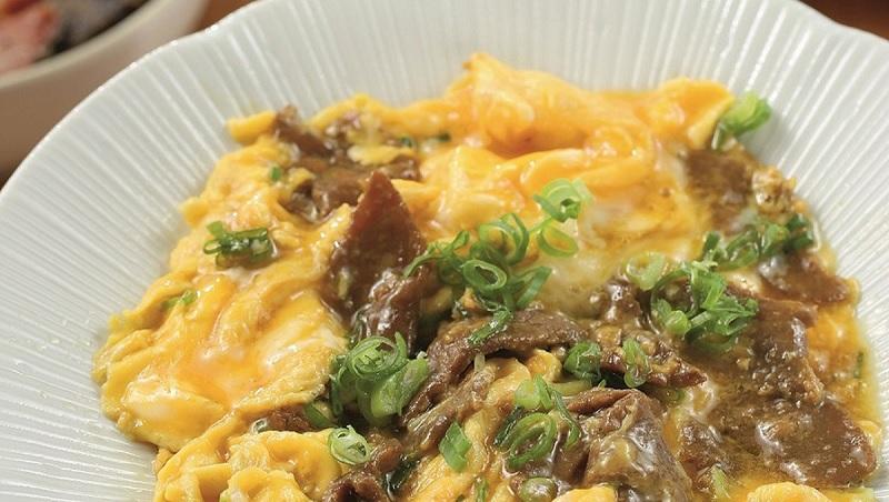 米其林名廚料理小撇步不私藏!大廚公開讓牛肉超軟嫩的秘密:煮前先用3種水果醃肉