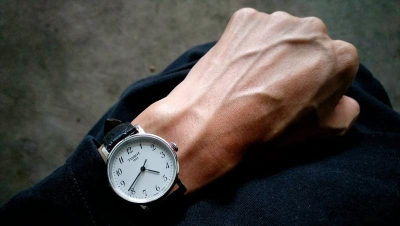 辛苦工作一年,年終買支好手錶給自己!網路聲量調查:適合小資族入手的10大品牌手錶