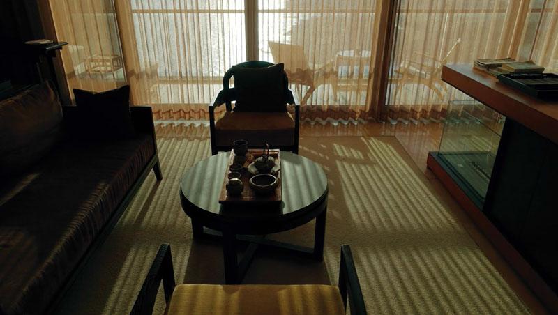 窗簾的特殊質感將陽台外美景襯托得更加迷人,形成藝術品般的視覺效果。