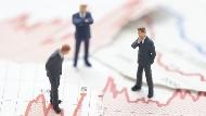 當年金融海嘯,每週5億美元買債券...等待底部才買進是錯的!傳奇投資大師的「逢低買進」心法