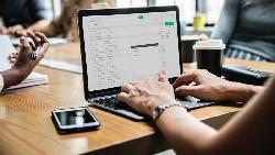 郵件主旨別再寫「關於企劃書」、「感謝」!學Google這樣寫email,讓人優先處理你的事