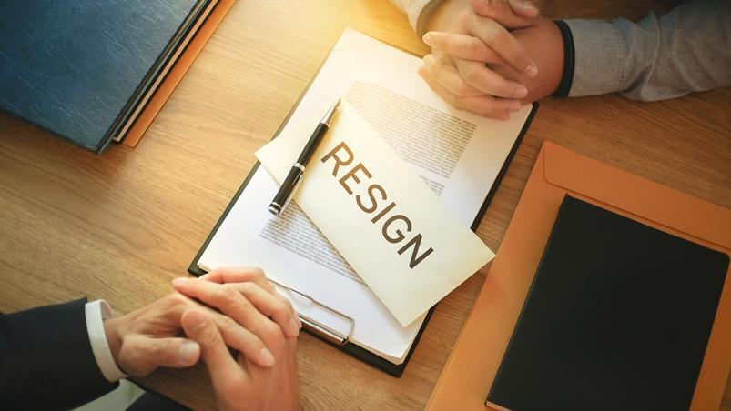 「下個月1日辭職」不要說left...記住4句實用英文,寫出幫職涯加分的離職信