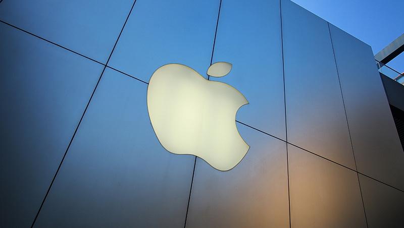 上季才說中國銷售好,現在卻成重災區...蘋果16年來首次下修財測,一個數字,透露成長最大危機