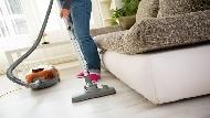 不收吸塵器、出門前打開櫥櫃...世界第一清潔婦自創「順便打掃法」,東西多照樣整潔