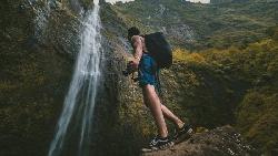 別寄望每個登山事故都會有「奇蹟」!意外發生時,3個自救重點一定要記住