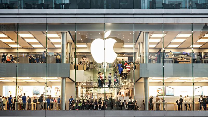 蘋果下修財測,台股跟著下跌超過百點...執行長庫克親口承認,這項服務害慘了營收表現